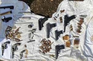 Смолянин открыл нелегальную мастерскую по восстановлению боевого оружия