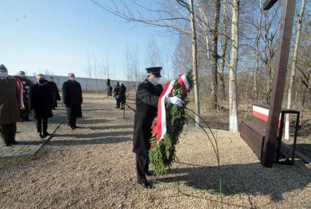11 лет спустя. В Смоленске прошли памятные мероприятия погибших после падения самолета польского президента
