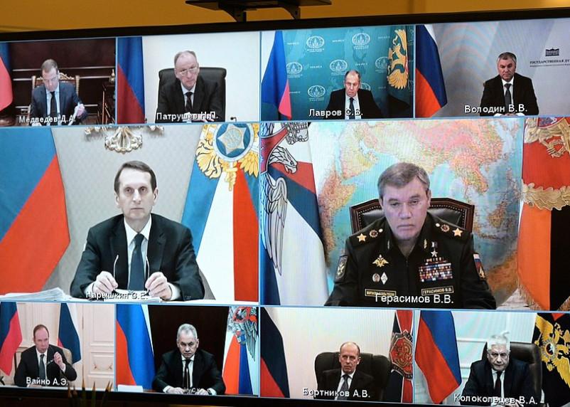 Путин обсудил ответные меры на санкции США