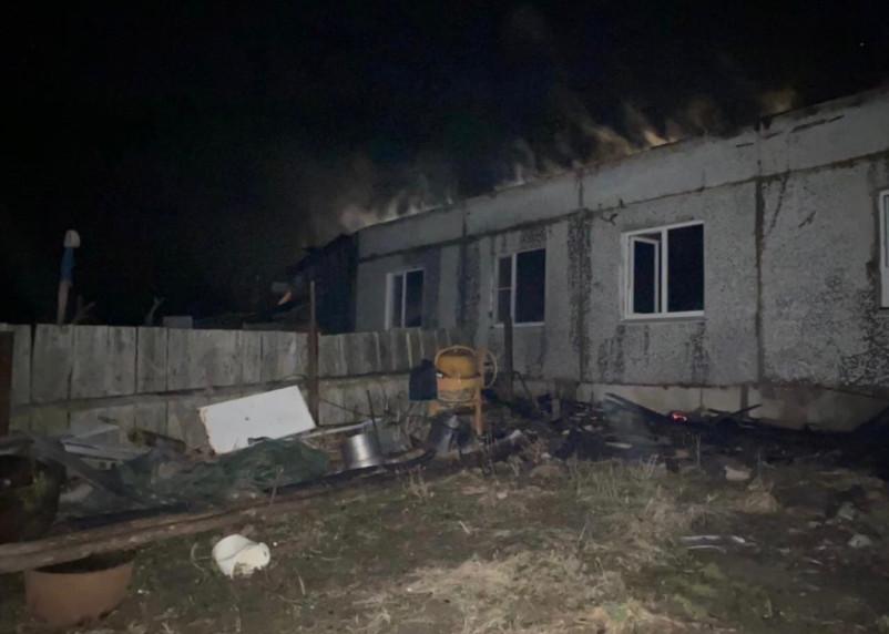 Смолянина от гибели в пожаре спасли соседи