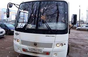 «Безалаберность взрослых». В Автоколонне-1308 устроят «разбор полетов» после того, как кондуктор высадил ребенка из автобуса
