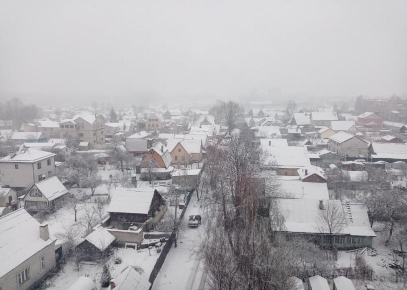 7 апреля на Смоленск обрушился снегопад