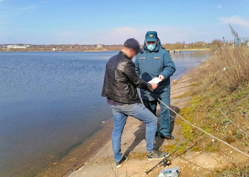 МЧС проверяет смоленские озера