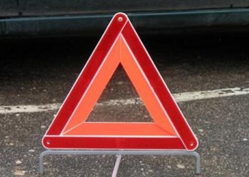Поврежден путепровод. Серьезная авария парализовала движение на трассе в Смоленской области