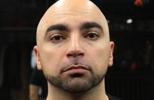 «Меня подставили». Известного диджея Арсена Казаряна задержали с наркотиками