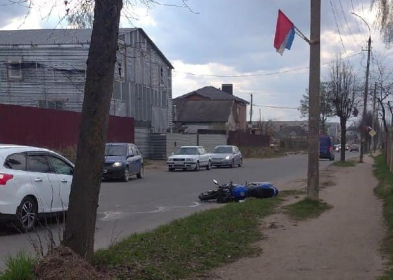 В Ярцеве в ДТП пострадал мотоциклист
