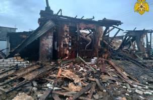 В Починке огонь уничтожил дом