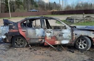 Ремонт авто привел к пожару. Смолянин потерял иномарку за минуты