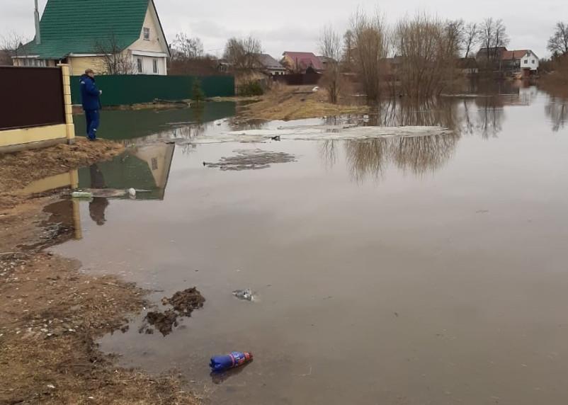 В Гагаринском районе из-за паводка затопило дома