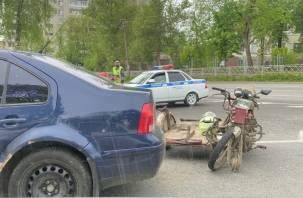 В Смоленске произошло ДТП с мотоциклистом