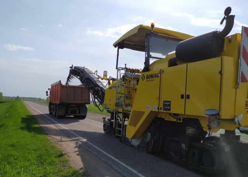 В Смоленской области начался ремонт региональных дорог в рамках нацпроекта