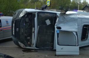 МВД обнародовало видео столкновения маршрутки и грузового фургона в Смоленске