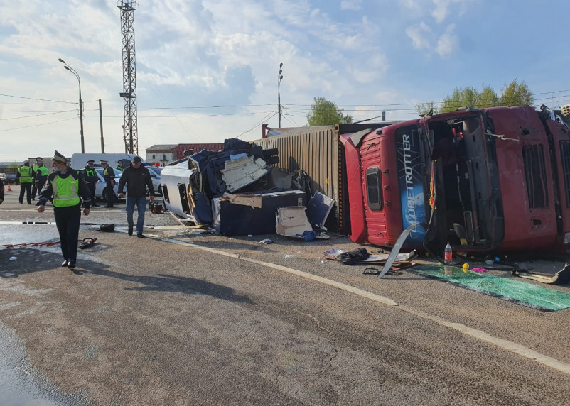 Обновленные данные по ДТП с микроавтобусом в Смоленской области