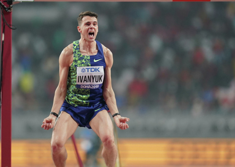 Иванюк показал лучший результат сезона в мире в прыжках в высоту в Смоленской области