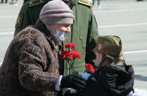 В Смоленске прошел военный парад в честь Дня Победы