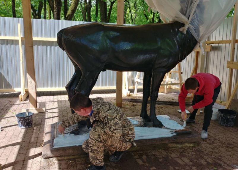 В Смоленске начали делать копию бронзового оленя