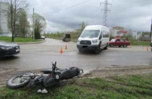 Двое мотоциклистов пострадали в ДТП в Смоленской области