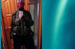 Расстрелявший детей в школе в Казани показывает неадекватное поведение