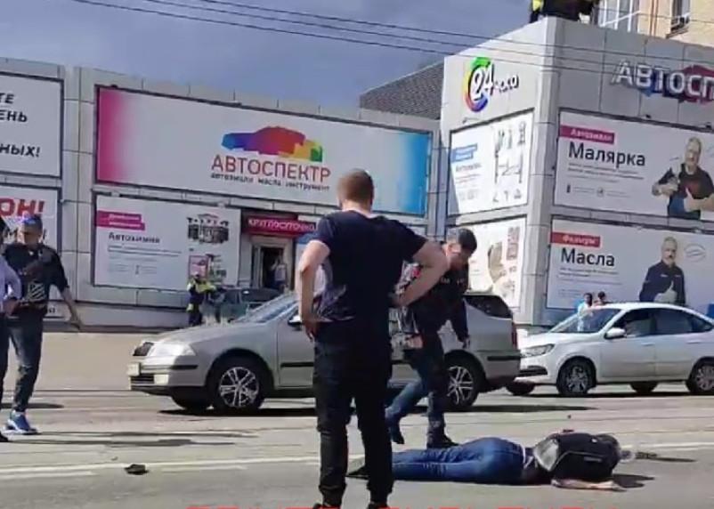 В Смоленске в ДТП с мотоциклом пострадали два человека