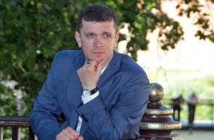 В Смоленске возрастным депутатам предложено уйти в отставку