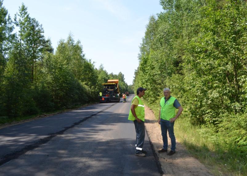 В Смоленской области общественники проверили ход работ по нацпроекту