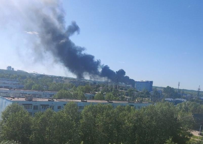 В Гагаринском районе горели хозпостройка и автомойка