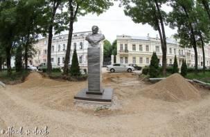 В Смоленске продолжается реконструкция сквера имени Клименко