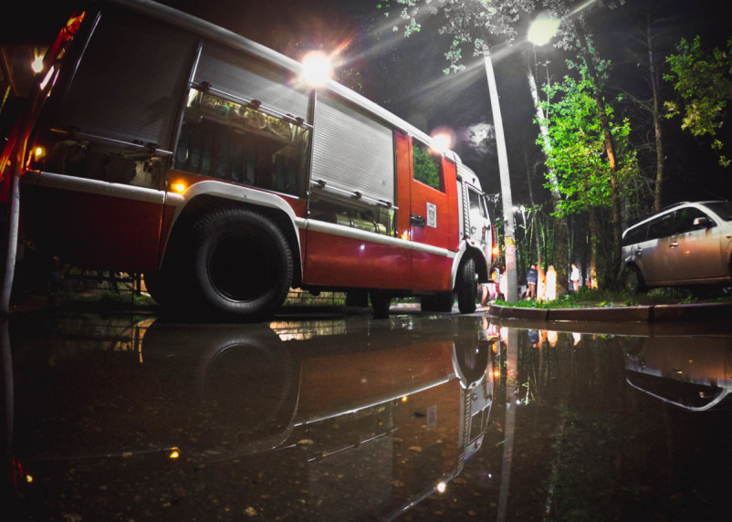 В Рославле огонь повредил жилой дом