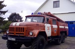 В Руднянском районе вечером 16 июня выгорела квартира
