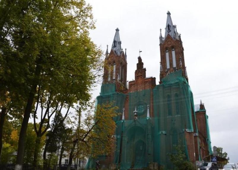 К восстановлению смоленского костела подключится Ватикан?