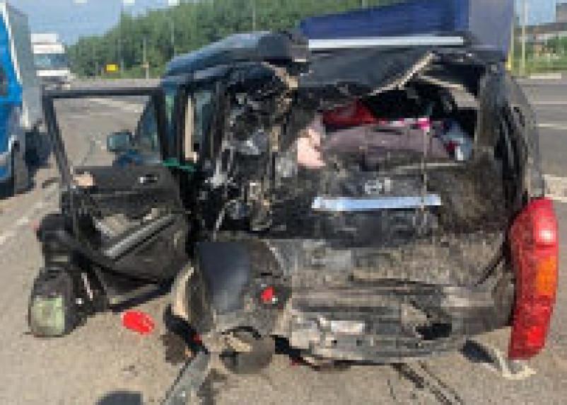 За пострадавших в ДТП в Смоленской области женщину и ребенка на водителя завели уголовное дело