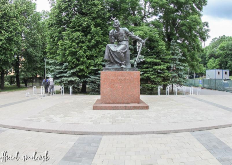В Смоленске появилась новая велопарковка