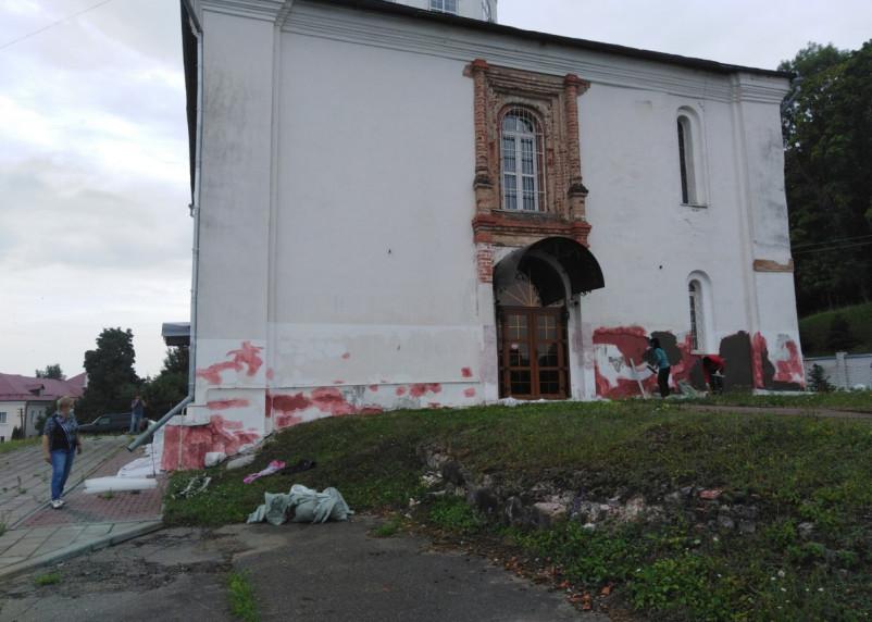 Храм Иоанна Богослова реставрируют?