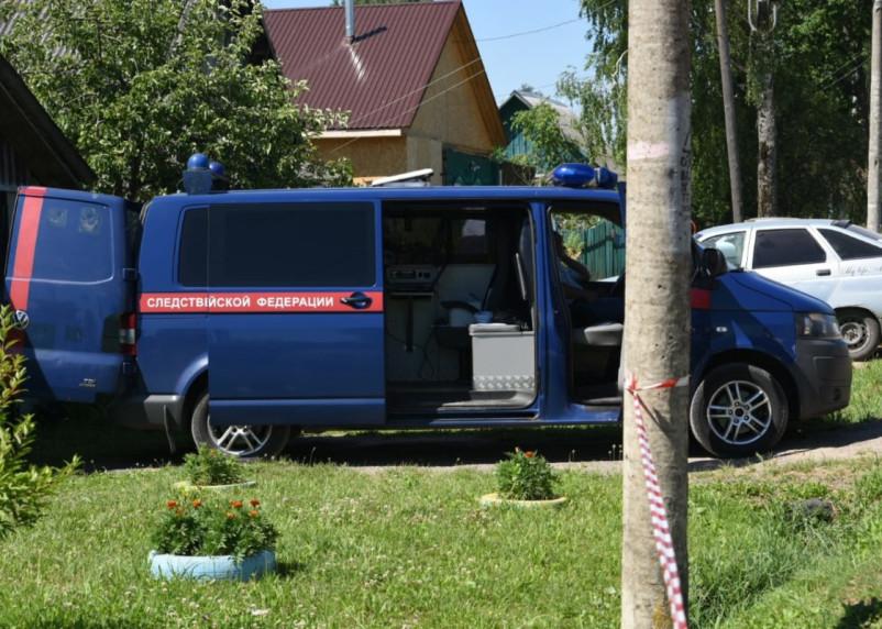 «Заживо сгорели пять девочек». Следователи опубликовали оперативное видео с места смертельного пожара в Починке