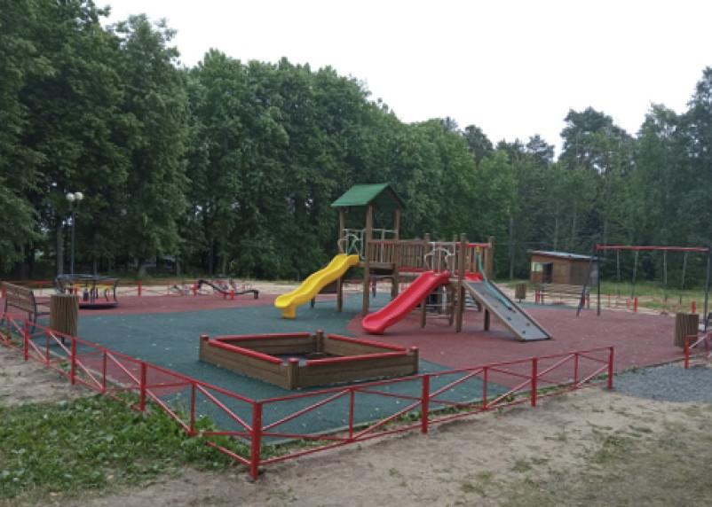 В поселке Пржевальское появилась новая игровая площадка для детей