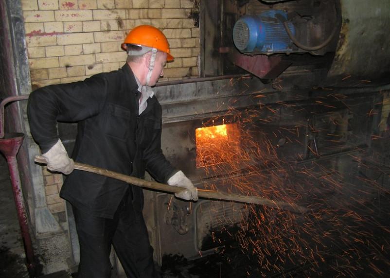 Главный юбилейный строитель Смоленска стал кочегаром