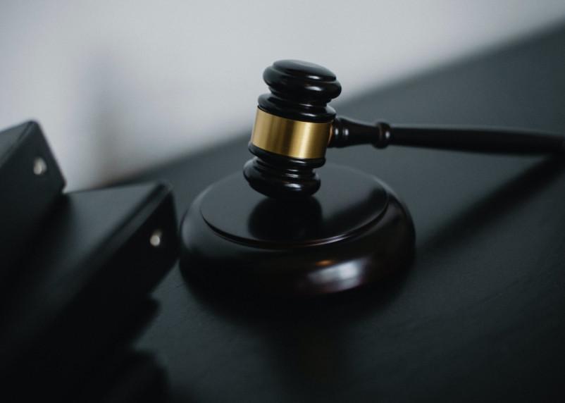 Экс-сотрудник автодорожного надзора признан виновным в получении взяток