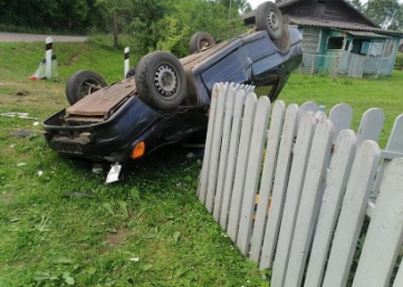 В Починковском районе ВАЗ совершил кульбит. Пассажир госпитализирован
