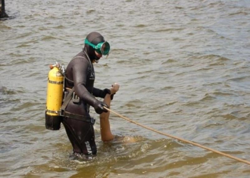 В Краснинском районе подняли тело утонувшего мужчины