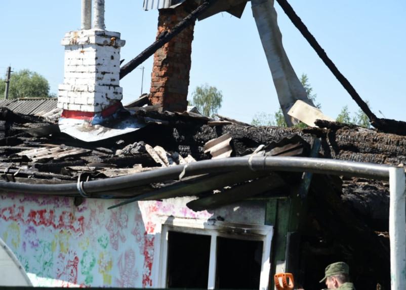 Установили личности всех погибших детей при пожаре в Смоленской области