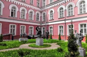 Картину «Соколиная охота» впервые за 100 лет покажут после реставрации в Смоленске