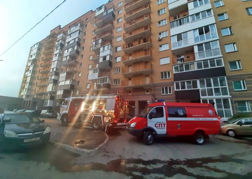 В Смоленске тушили пожар на Киевском шоссе