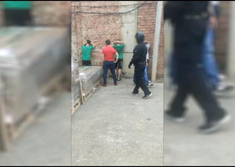 Рабочие похитили с мебельной фабрики в Смоленске имущество на сумму около 2,5 млн рублей