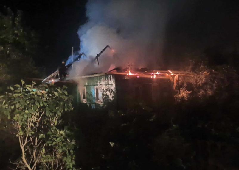 Электротехническая причина пожара. В Рославльском районе сгорел дом