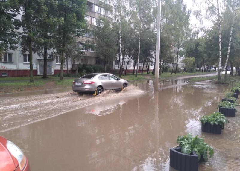 Повторение – мать учения. Чему дожди могут научить смоленских дорожников?