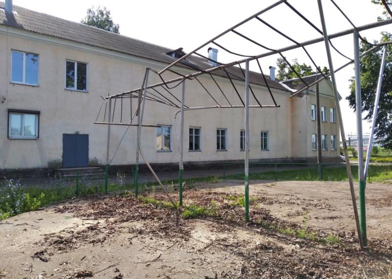 В Смоленске появились желающие благоустраивать сквер у ДК «Сортировка»