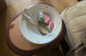СК назначил проверку по умирающим от голода инвалидам в закрытой квартире в Смоленске