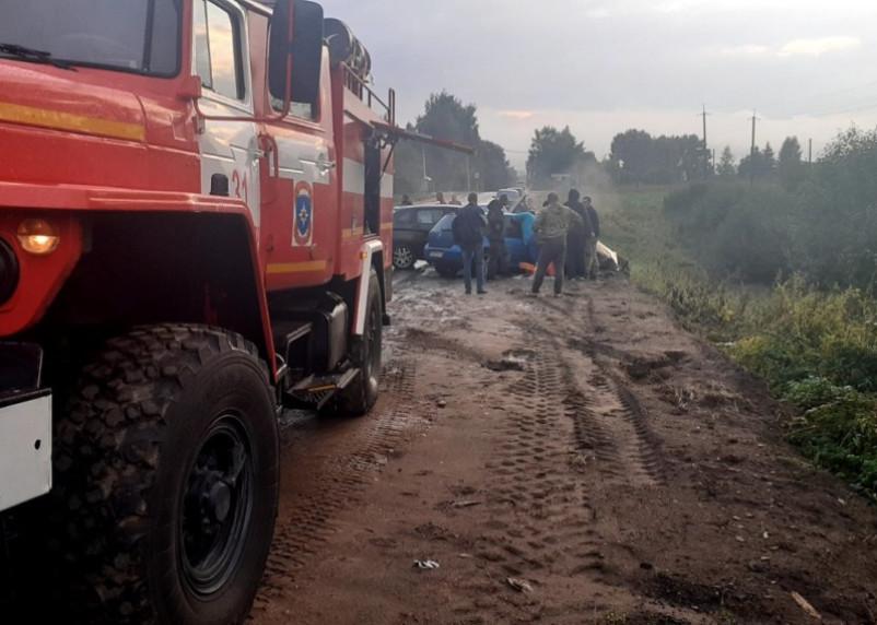 Имеются пострадавшие. В Кардымовском районе произошло жесткое ДТП