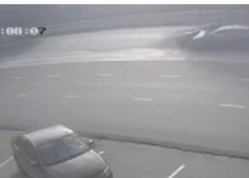 Момент ДТП в Смоленске попал на видео