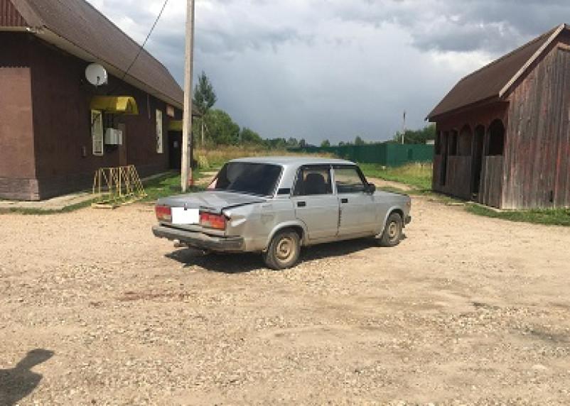 В Гагаринском районе ВАЗ сбил пешехода, сдавая назад